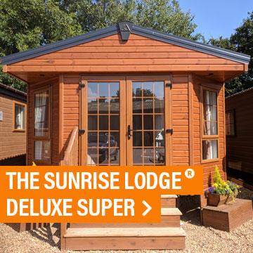 The Sunrise Lodge Deluxe Super®