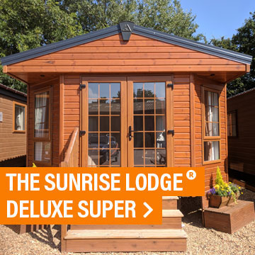 The Sunrise Lodge Deluxe Super®