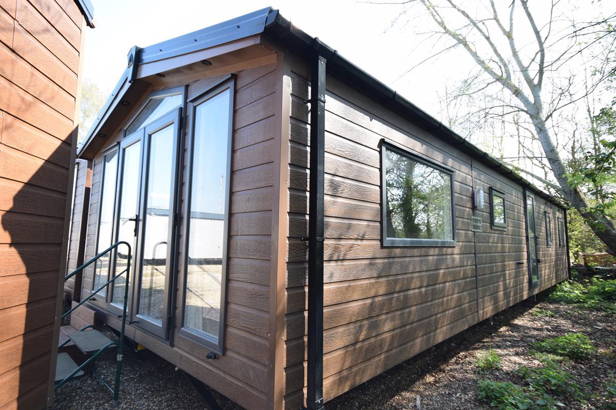 Sunrise Lodge 3 bed 2020 model exterior photo