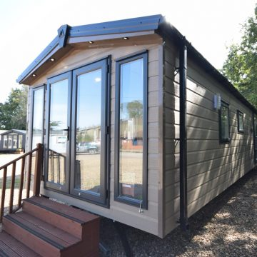 Sunrise Lodge Micro 10ft wide Mobile Home Annex Exterior